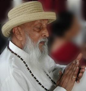 Swami Om Prakash Saraswati- Swamiji, unul din discipolii iluminați ai lui Osho (Sursa foto: http://oshoworld.com)